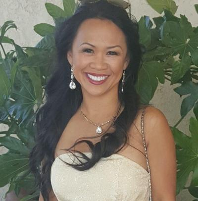 Vangie Flores