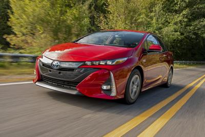 Prius Prime: Grandpa will love it, unless he's still an enthusiast