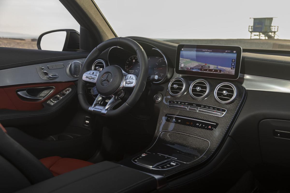 MercedesBenz_GLC43_09.jpg
