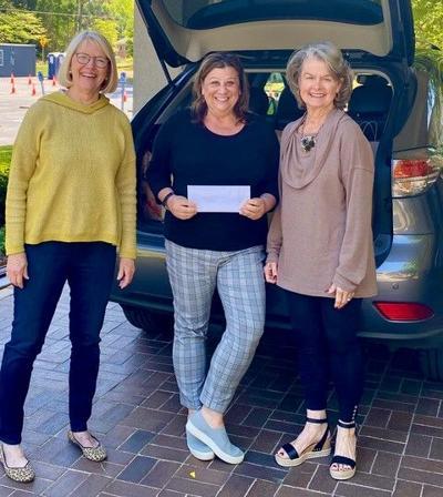 Dunwoody women's club donates to family promise