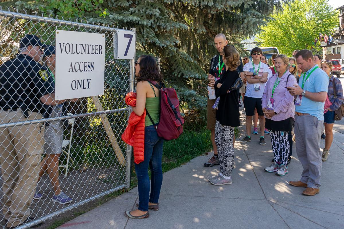 Food & Wine volunteers