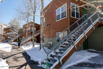 Burlingame seasonal housing