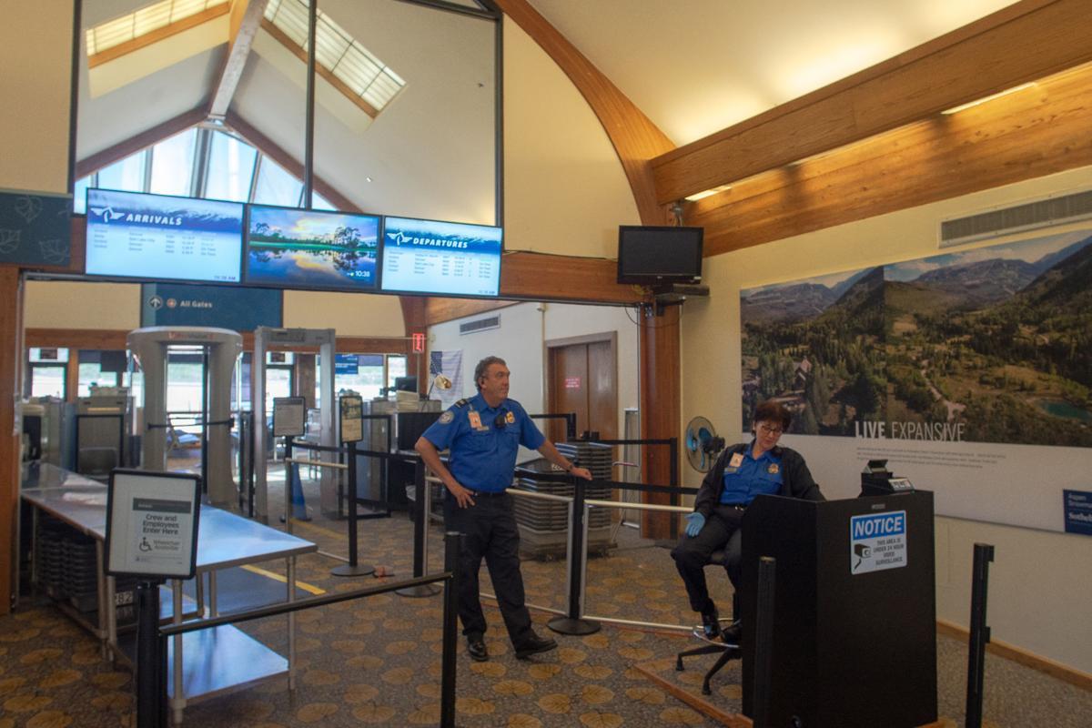 TSA officers, pitkin county airport
