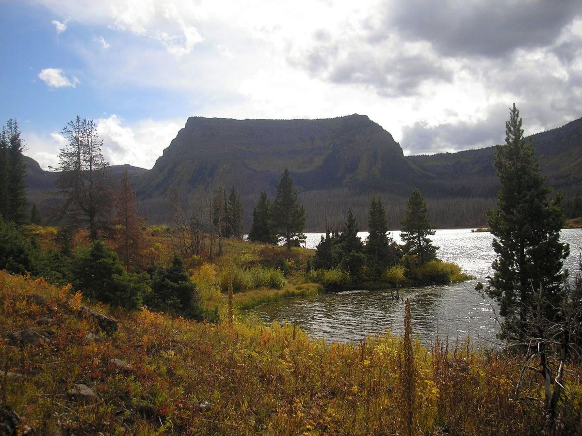 Trappers_Lake_TheAmphitheater (1).jpg