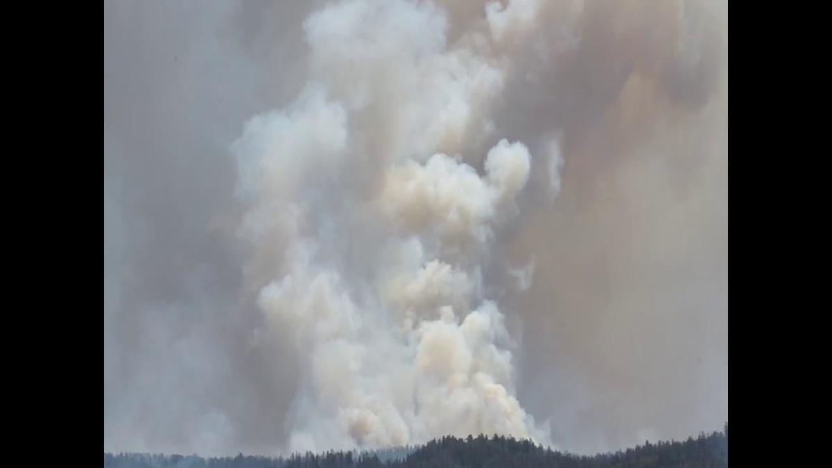 Video: Smoke from increased Lake Christine Fire activity