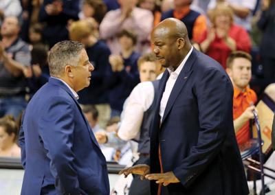 Bruce Pearl and Chuck Person