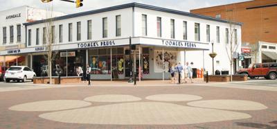 Toomer's Corner in downtown Auburn