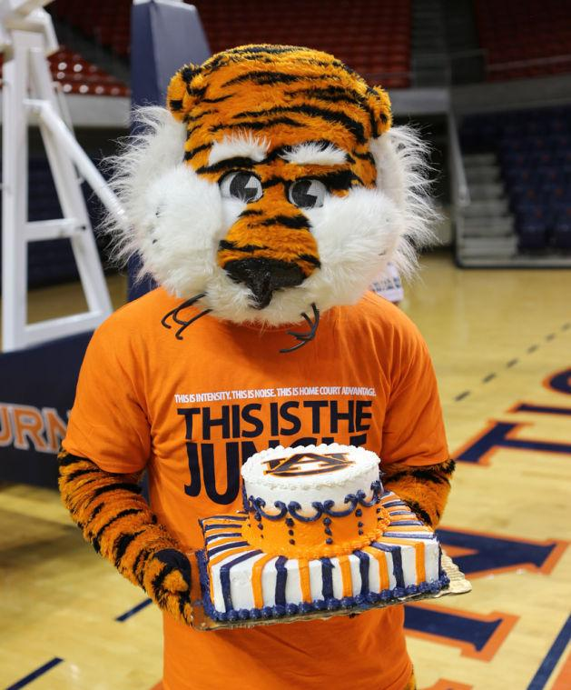Happy Auburn Birthday Cake