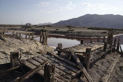 California's Dying Lake-Lithium