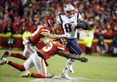 Gronk Coming Alive At Right Time For Pats Sports Avpress Com