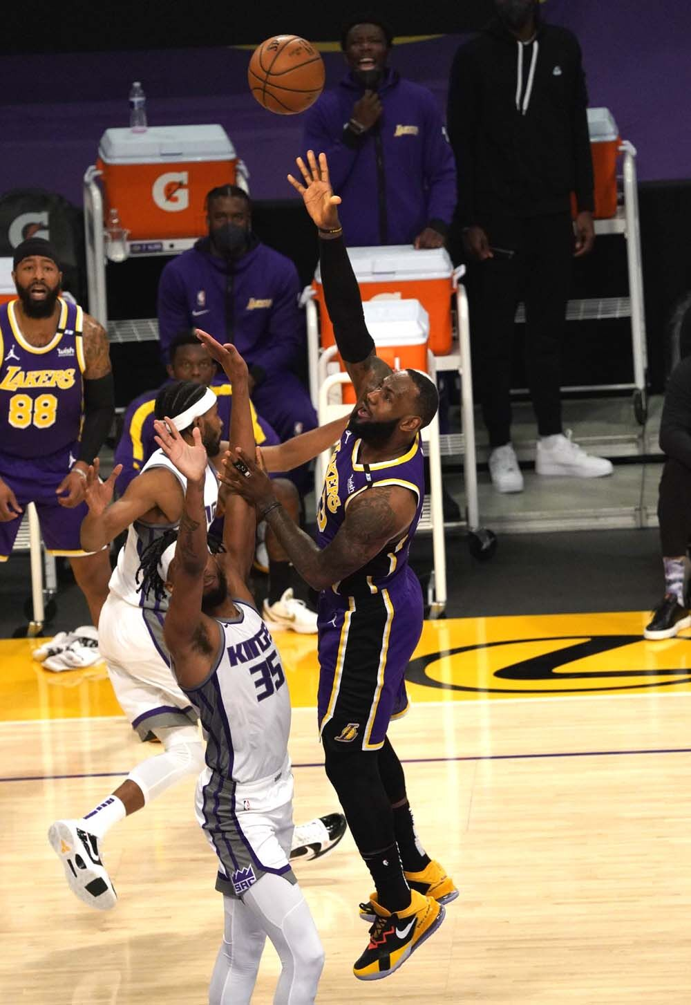 Lakers-Kings KR 1