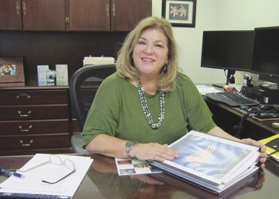 City clerk retires