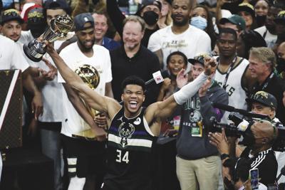 APTOPIX NBA Finals Suns Bucks Basketball
