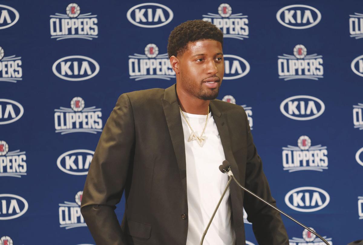 Clippers Kawhi and PG Basketball