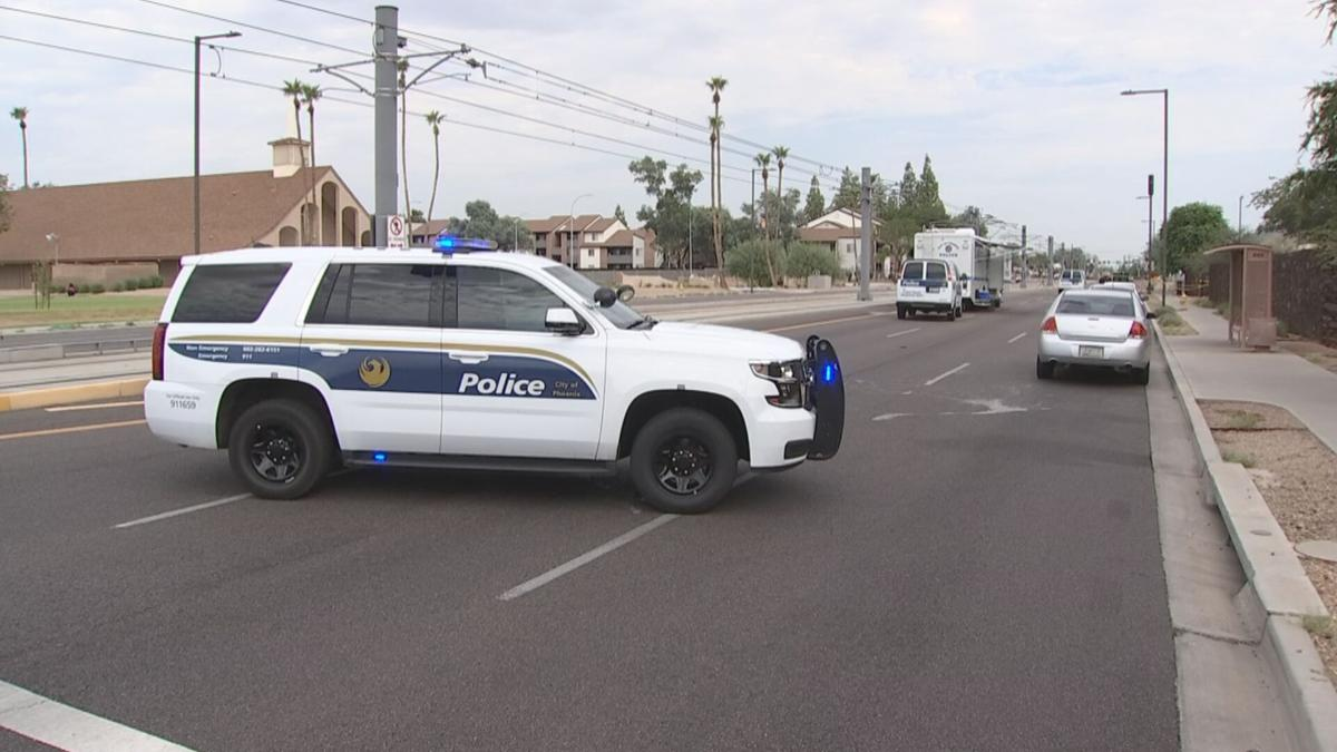 Dead man found in Phoenix; may be related to an armed robbery in the area