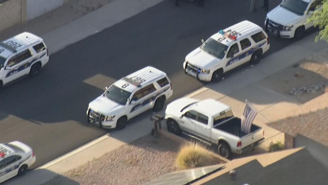 PD: Man killed by officers after attacking his mother with knife in west Phoenix