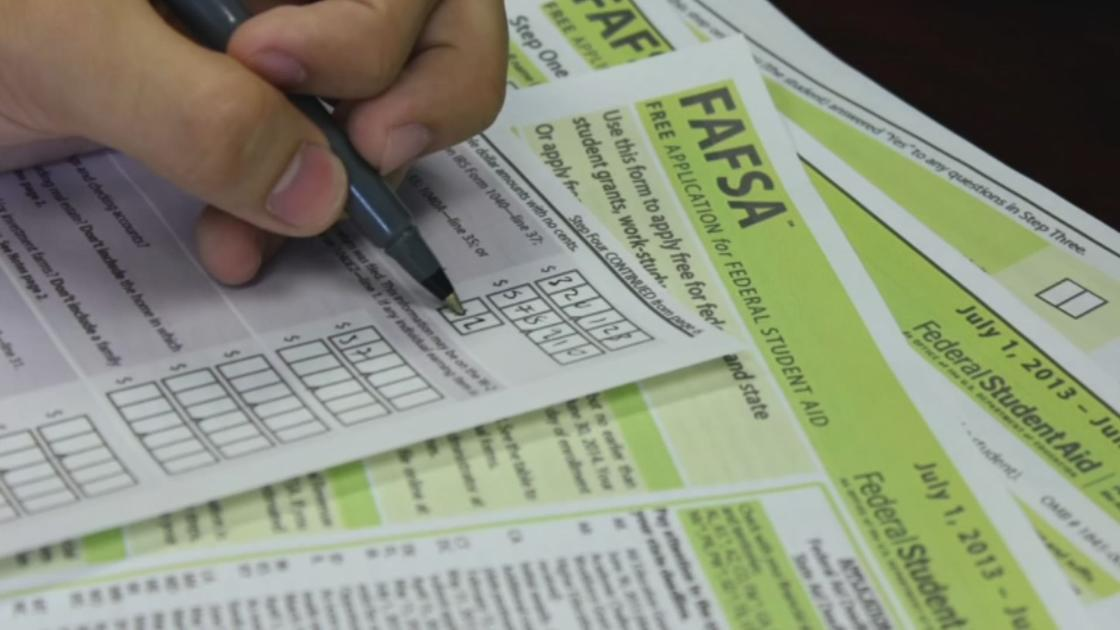 How to get help with college financial aid forms