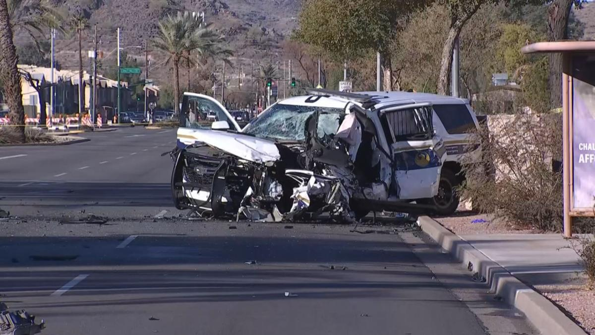 Phoenix police SUV involved in head-on crash with wrong-way truck (1).jpg