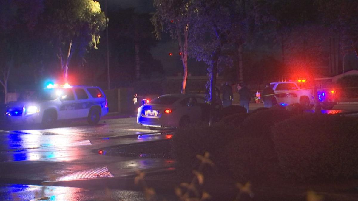 Man wounded in shootout with armed robber in Phoenix