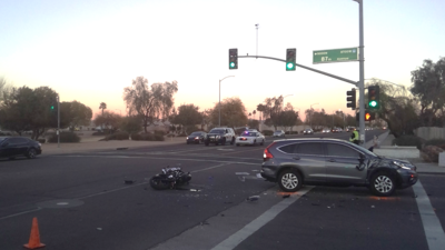 Deadly motorcycle crash at 87th and Olive avenues