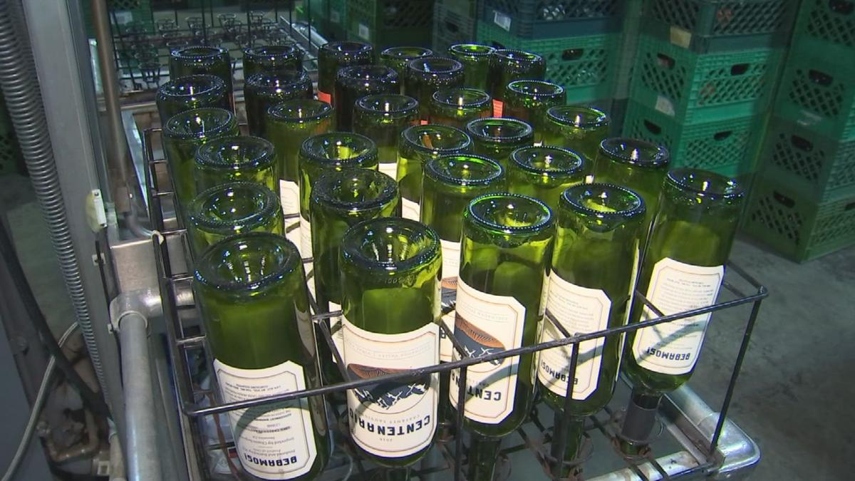 Tempe company recycles empty wine bottles from Phoenix Open