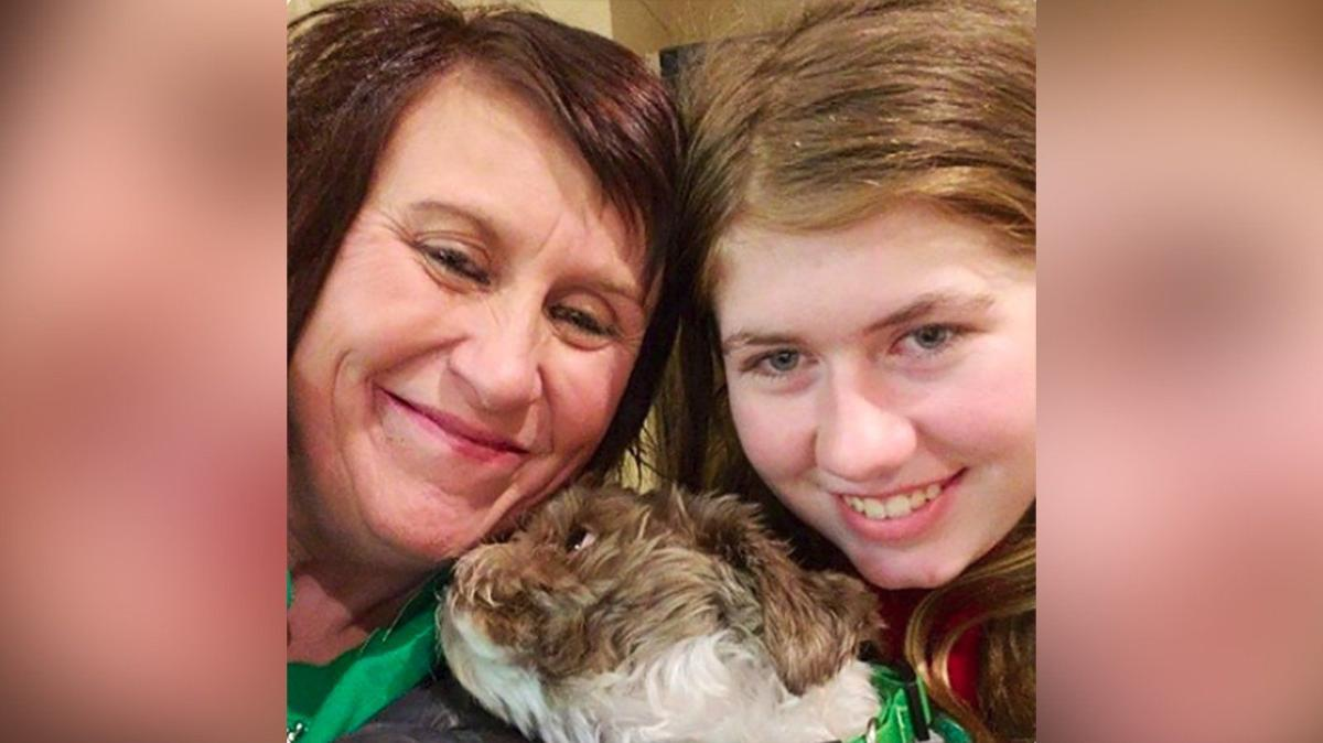 Jayme Closs reunited with her aunt