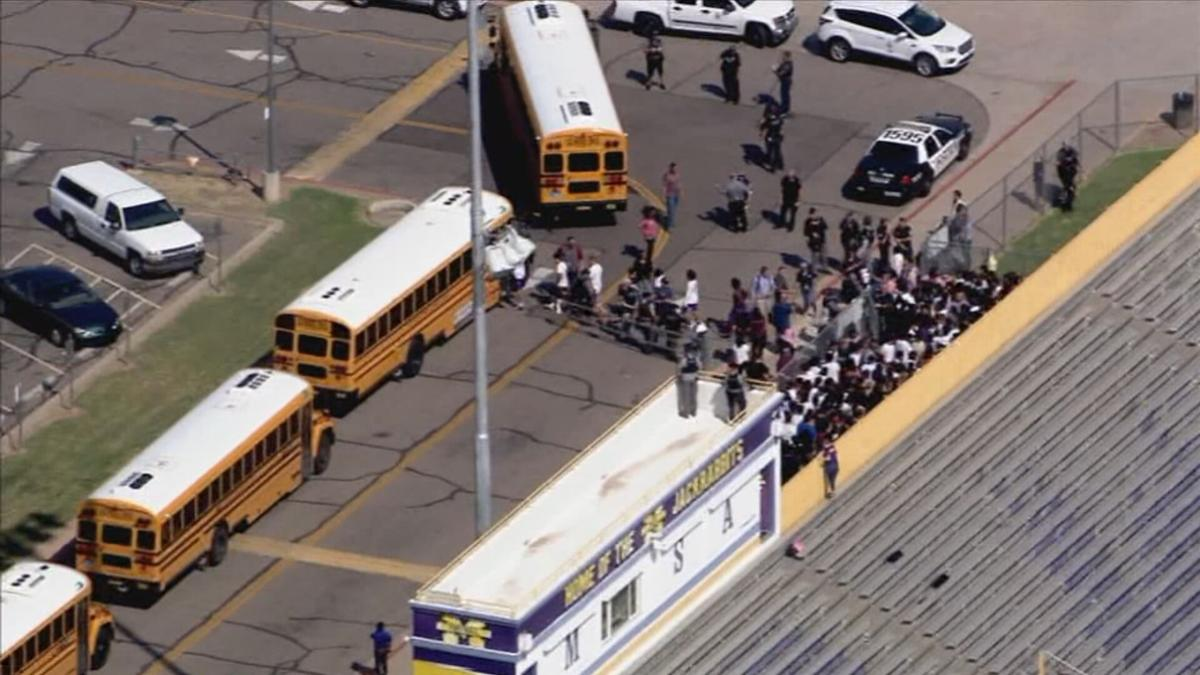 Students evacuated from Mesa High School due to 'possible suspicious device'