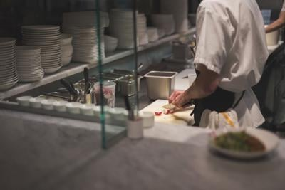 'People are just walking out in the middle of shifts': What it's like to work in a restaurant right now