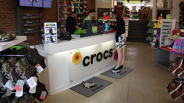 Crocs to outsource manufacturing amid comeback