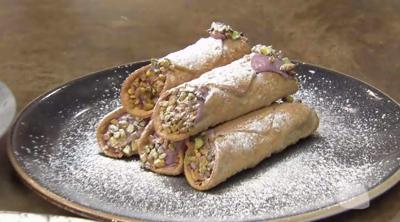 Blackberry canolis