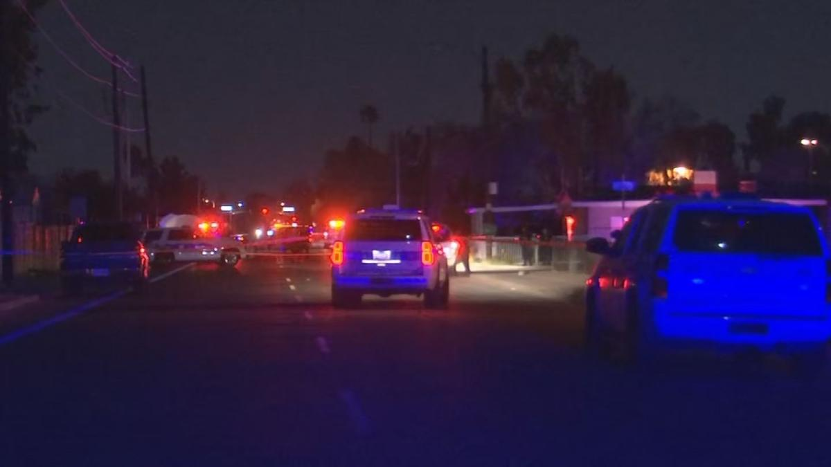 Police: Fleeing suspect shot, killed after aiming gun at officers in Phoenix