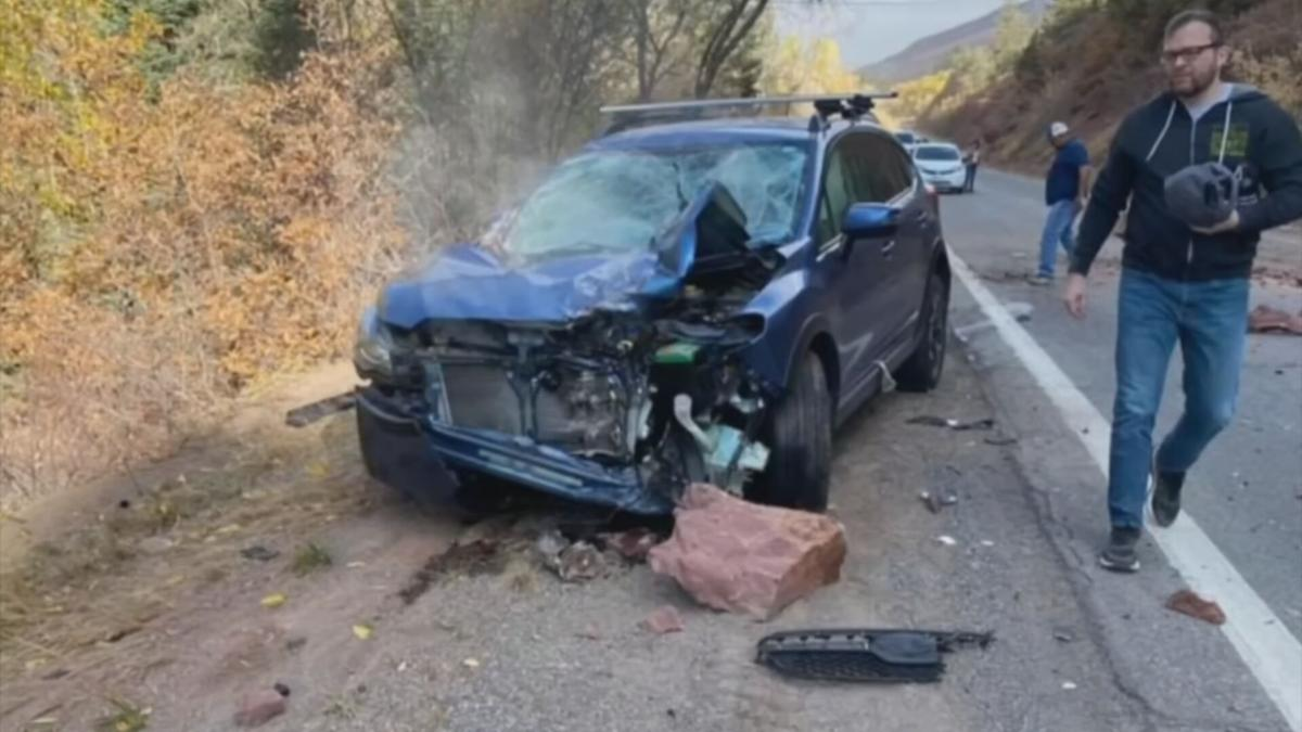 Boulders fall on Goodyear couple's SUV