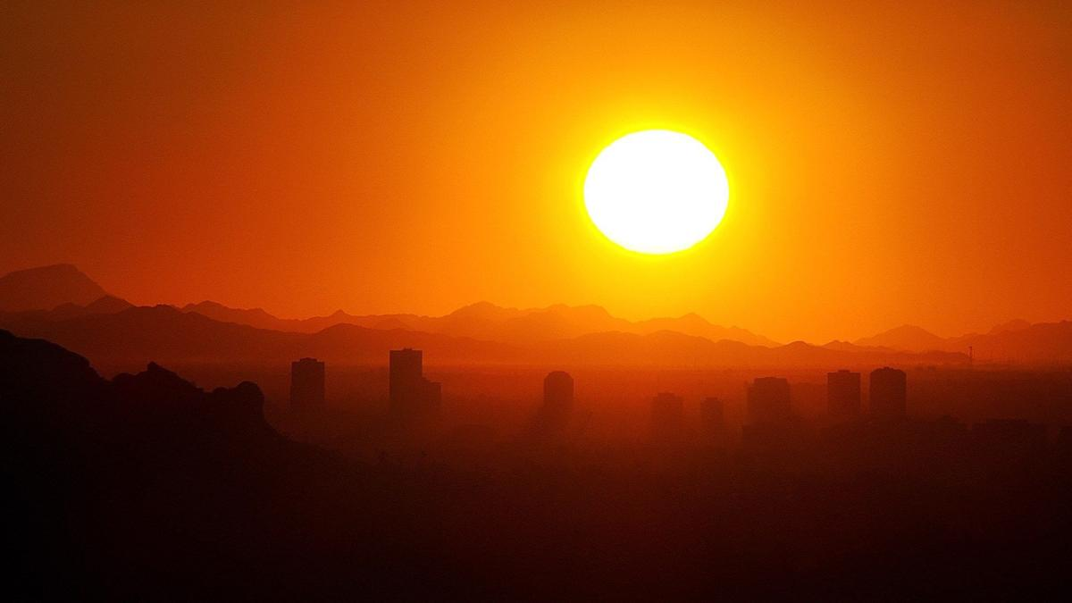 100 Degrees in Phoenix for the First time in 2018