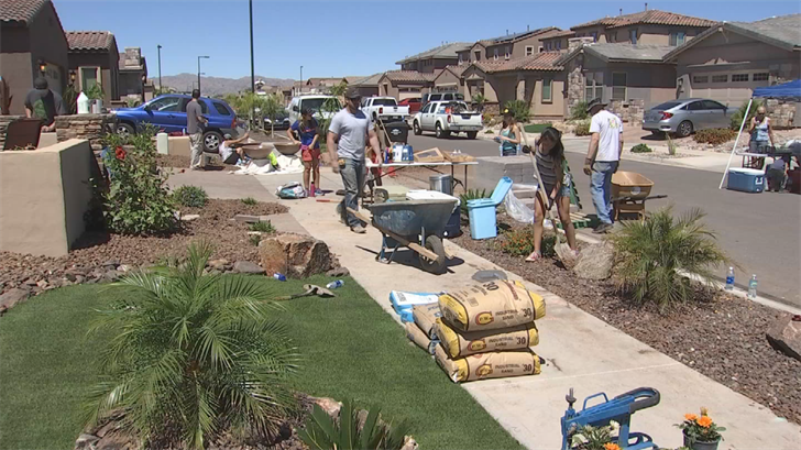 Neighbors, businesses surprise family with new backyard