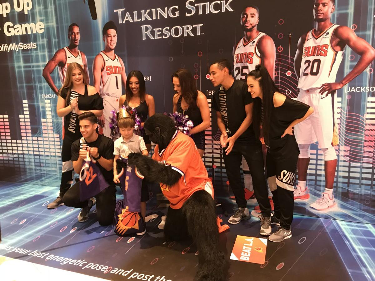Teddy gets VIP treatment from Suns