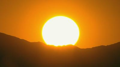 The heat is here in Phoenix. Here's what you're up against