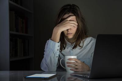Night owls may be twice as likely as early risers to underperform at work, study suggests