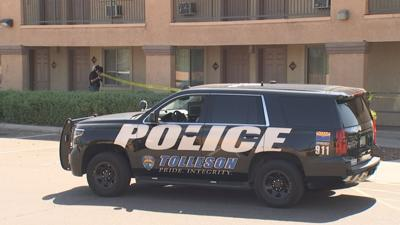 Police search for suspect after 2 men seriously hurt in shooting at Tolleson hotel