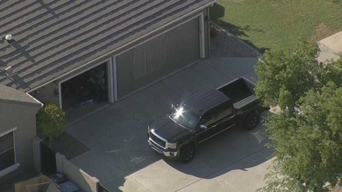 3-year-old girl left in hot car for 2-3 hours died in Gilbert, police say