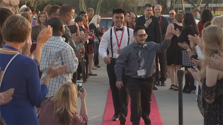 The perfect prom night in Chandler for people with special needs