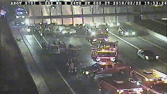 7 hospitalized, 3 in critical after multi-vehicle Phoenix wreck on Loop 202