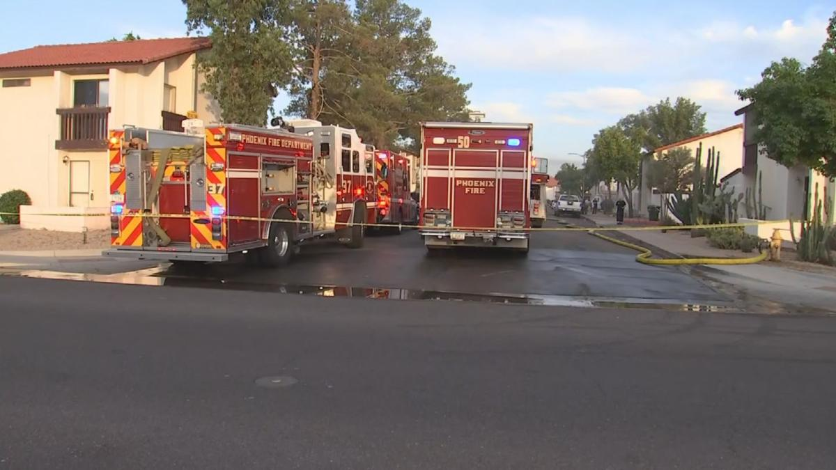 Body found inside Phoenix apartment after fire