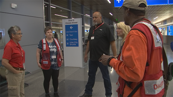 Red Cross volunteers from AZ fly to East Coast ahead of Hurricane Florence