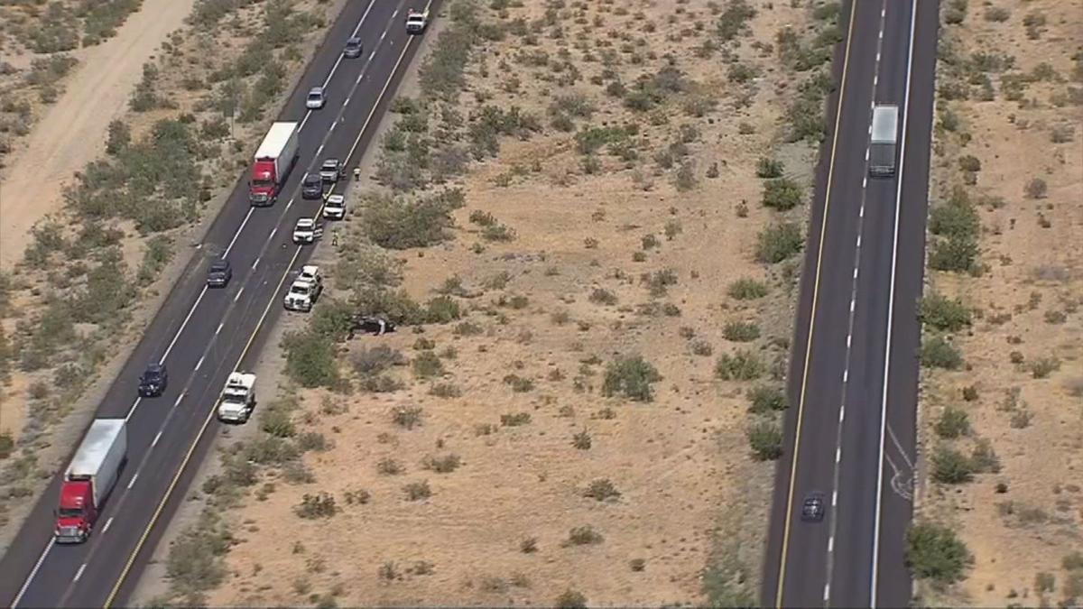 5 killed in wrong-way crash on I-40 west of Kingman