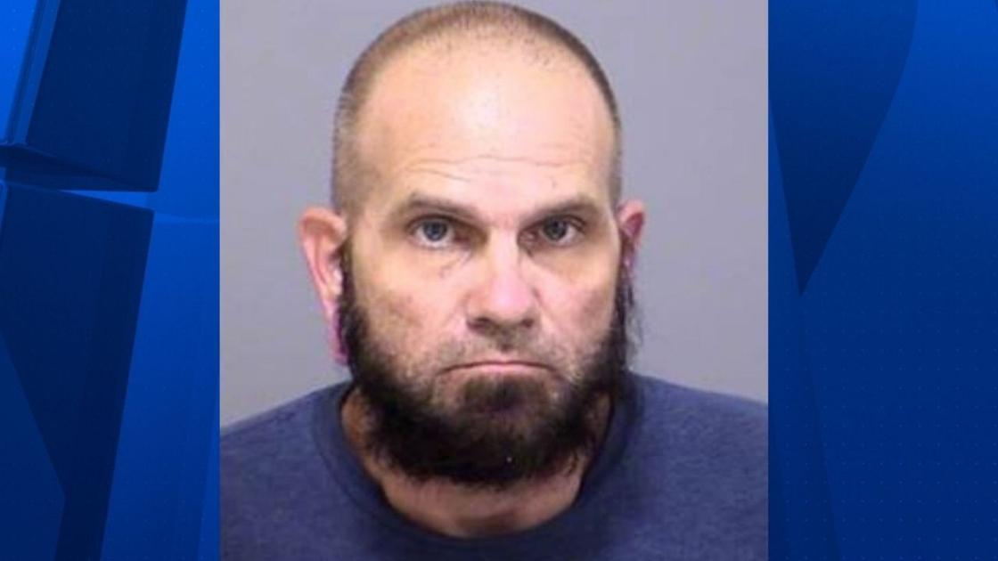 Phoenix man accused of firing shots at girlfriend after she refused to buy him cigarettes