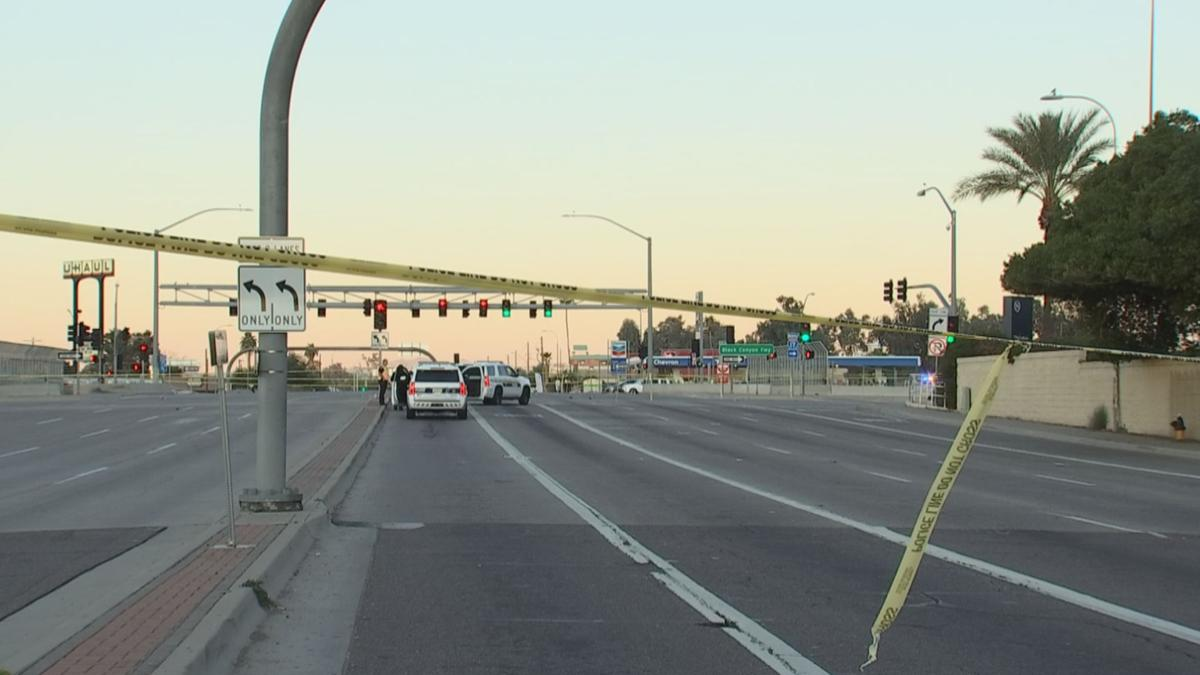 Woman hit by car on I-17 overpass in Phoenix in critical condition