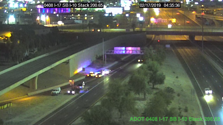 Deadly rollover closes on Phoenix freeway