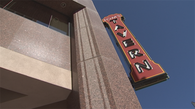 'Tom's Tavern' in downtown Phoenix closes doors, auctions items