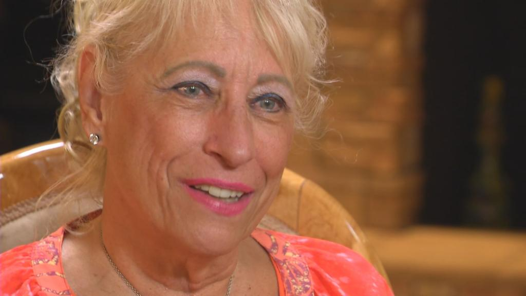 Scottsdale woman finds biological sisters thanks to online DNA test