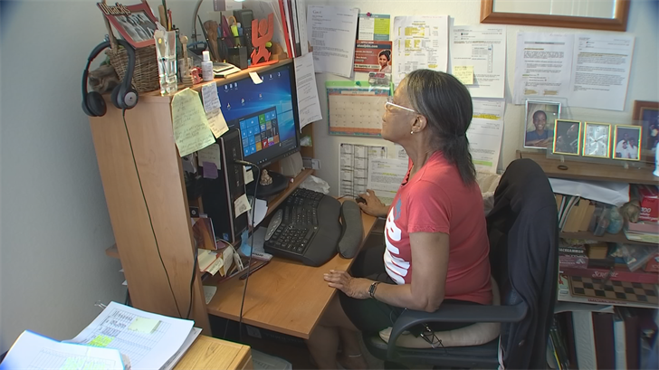 Chandler woman has unusual problem with internet service